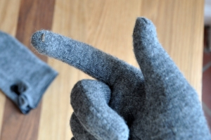 Gloves with conductive thread