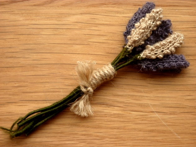 Knitted lavender boutonniere button hole
