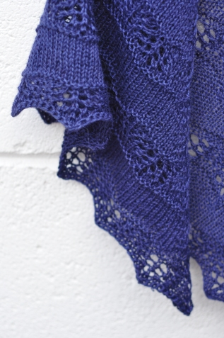Shaelyn shawl knitting lace