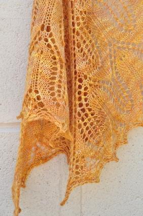 Sunflower shawl 032