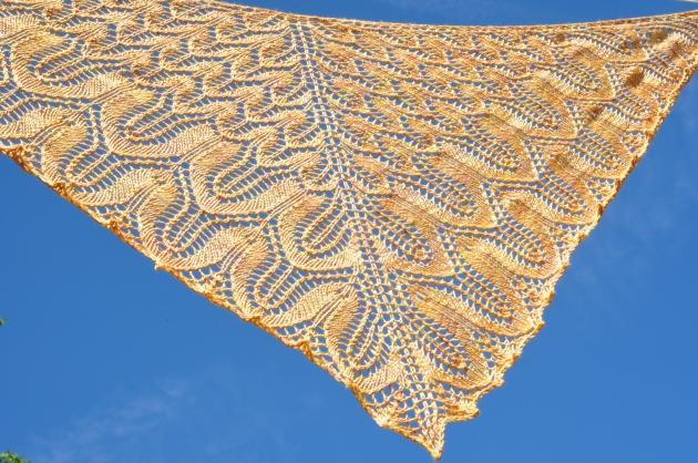 Sunflower shawl 055